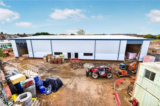 Thumbnail Warehouse to let in Sydney Road, Watford, Hertfordshire