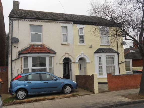Thumbnail Property for sale in Iddesleigh Road, Queens Park, Bedford, Bedfordshire
