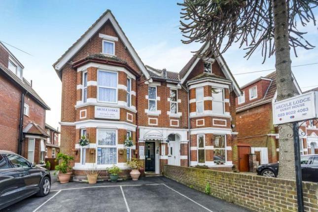 Picture No.01 of Landguard Road, Shirley, Southampton SO15