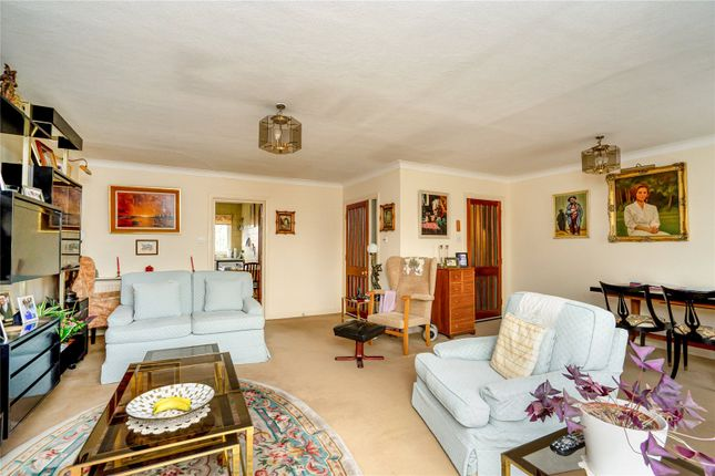 Living Room of Clydesdale Court, Oakleigh Park North, Oakleigh Park N20