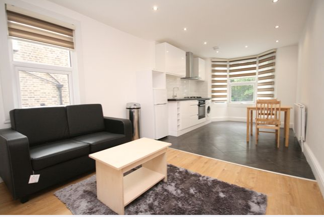 Thumbnail Flat to rent in Wightman Road, London