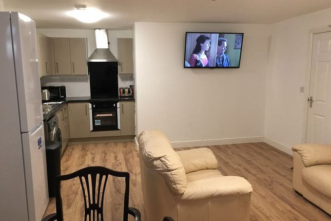 Thumbnail Room to rent in Norton Road, Stockton-On-Tees, Durham