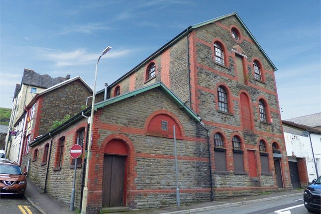 Thumbnail Town house for sale in Maxwell Street, Ferndale, Mid Glamorgan