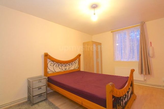 Thumbnail Room to rent in Tolmers Square, Euston