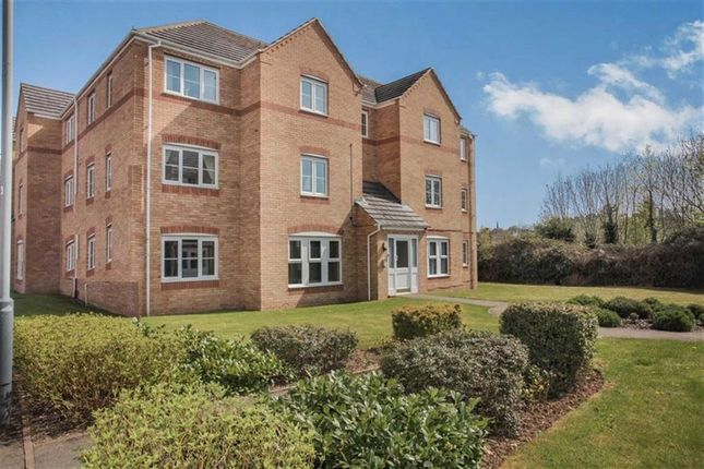 Thumbnail Flat for sale in Gardeners End, Rugby