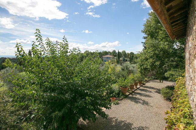 4 bed country house for sale in strada di montechiaro