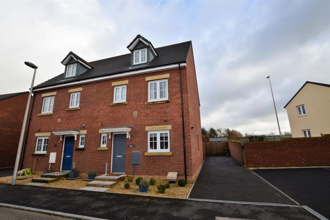 Thumbnail Town house for sale in Lonydd Glas, Llanharan, Pontyclun