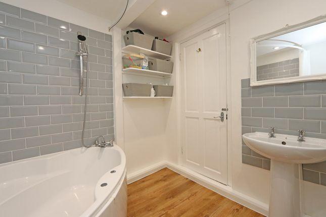 Bathroom of Pen Y Dre, Cullompton EX15