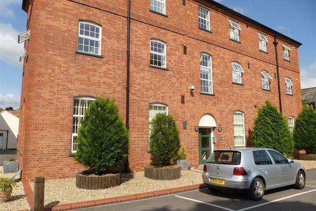 Thumbnail Flat to rent in Whirligig Lane, Taunton