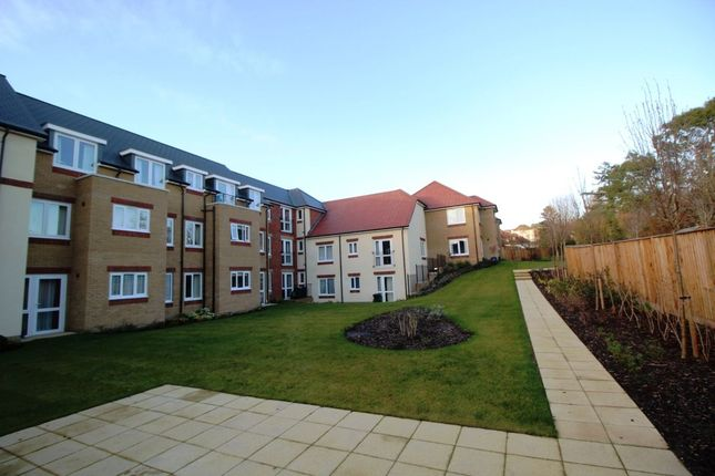 Thumbnail Flat for sale in Havant Road, Drayton, Portsmouth