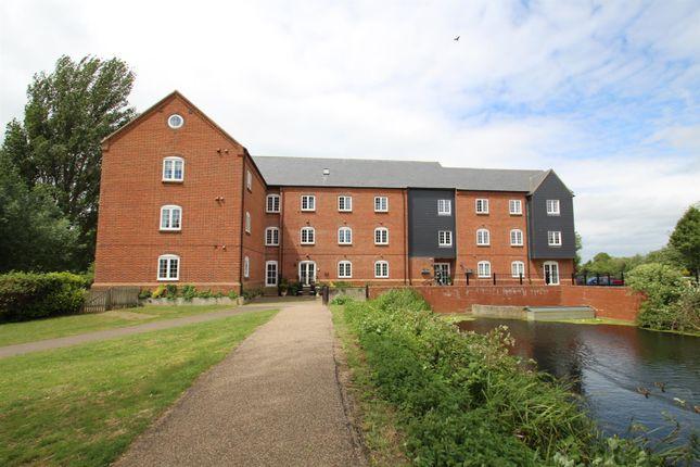 Thumbnail Flat for sale in Willow Lane, Stony Stratford, Milton Keynes