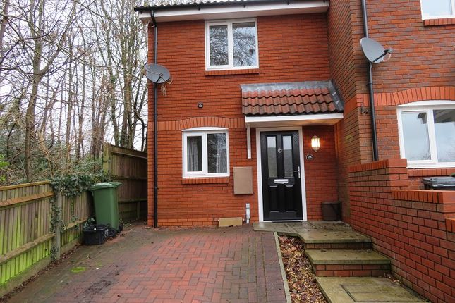 2 bed semi-detached house to rent in Devonshire Gardens, Bursledon SO31