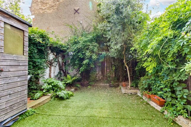 Garden of Harwood Road, London SW6