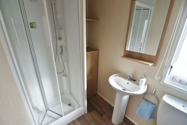 Shower Room of Ty Mawr, Towyn LL22