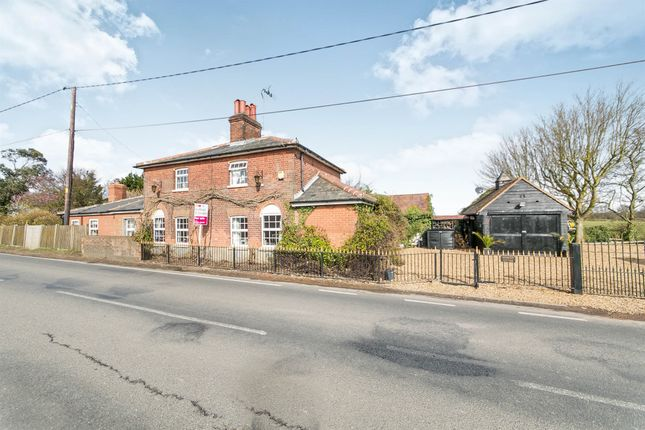 Thumbnail Detached house for sale in Green Lane, Althorne, Chelmsford