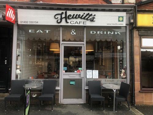 Thumbnail Restaurant/cafe for sale in Colwyn Bay, Clwyd