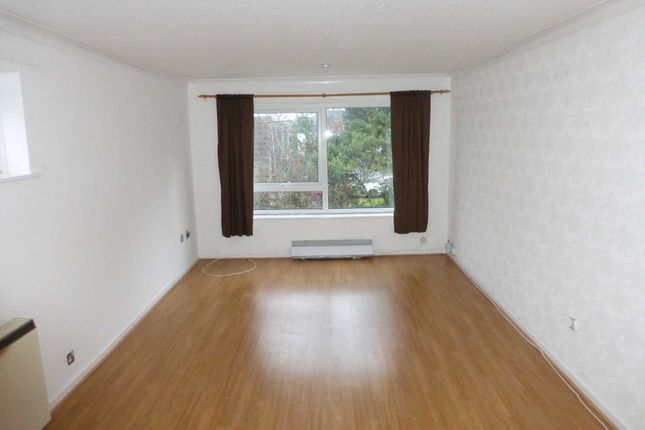 Thumbnail Flat to rent in Oswio Court, Shirley, Solihull .