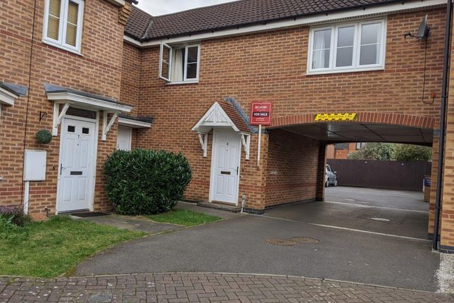 Thumbnail Flat for sale in Hardwicke Close, Grantham