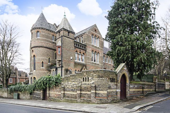 Thumbnail Property to rent in Lyndhurst Terrace, Hampstead