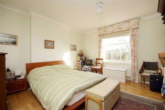 Thumbnail Flat for sale in Warwick Avenue, Little Venice W9, London,