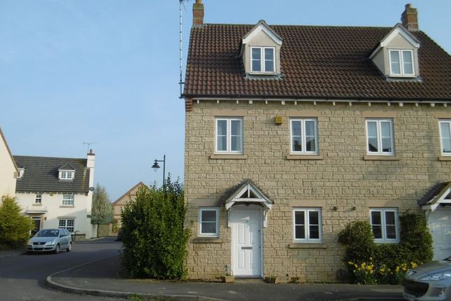 Thumbnail Town house to rent in Bream Close, Calne