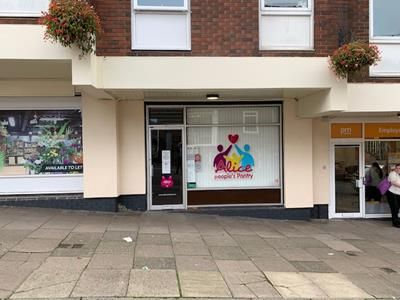 Thumbnail Retail premises to let in 27 Bridge Street, Newcastle, Staffordshire