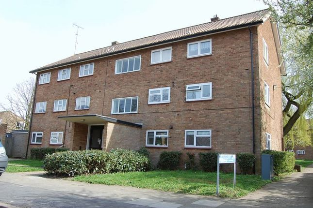 Thumbnail Flat to rent in Field Road, Hemel Hempstead