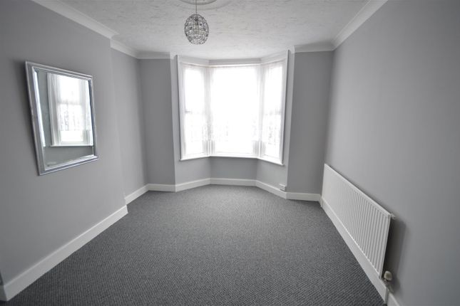 Thumbnail Flat for sale in St. Andrews Road, Clacton-On-Sea