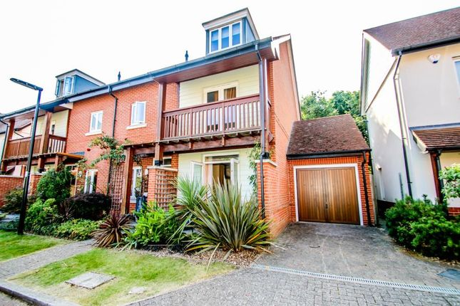 Thumbnail Detached house to rent in Duchess Of Kent Close, Guildford