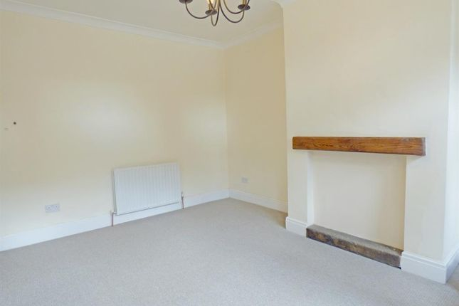 Living Room of Lyndon Terrace, Bingley BD16