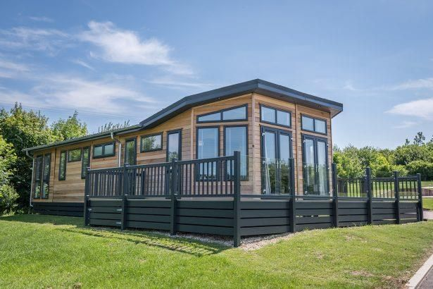 Thumbnail Mobile/park home for sale in Glasshouse, Dog Ln, Kelsall, Tarporley