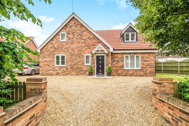 Thumbnail Detached house for sale in Taverham Road, Felthorpe, Norwich