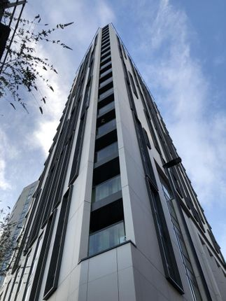 Thumbnail Flat to rent in Parliament House, Black Prince Road, London