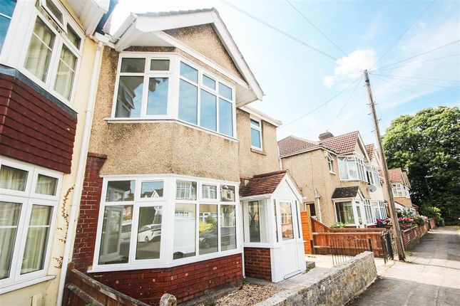Thumbnail Semi-detached house to rent in Vinery Gardens, Shirley, Southampton