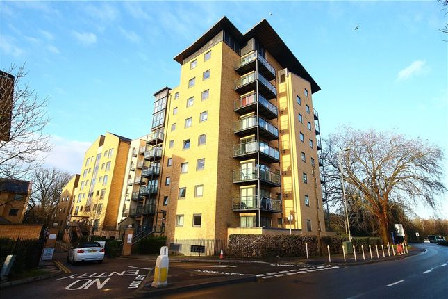 Thumbnail Flat for sale in Regents Court, Victoria Way, Woking, Surrey