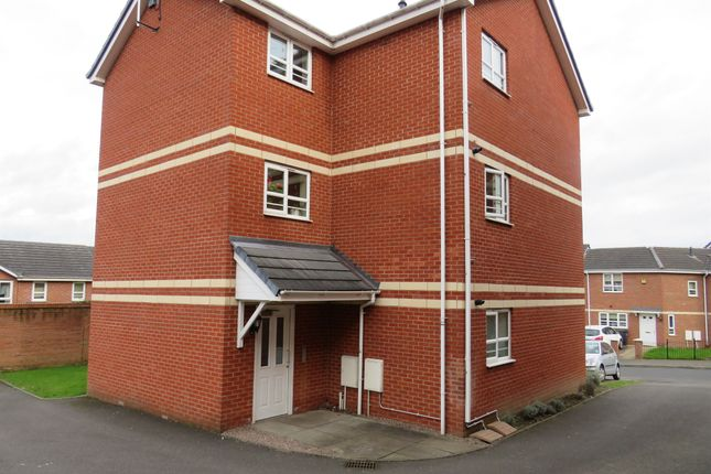 Thumbnail Flat for sale in Bethesda Gardens, Halesowen