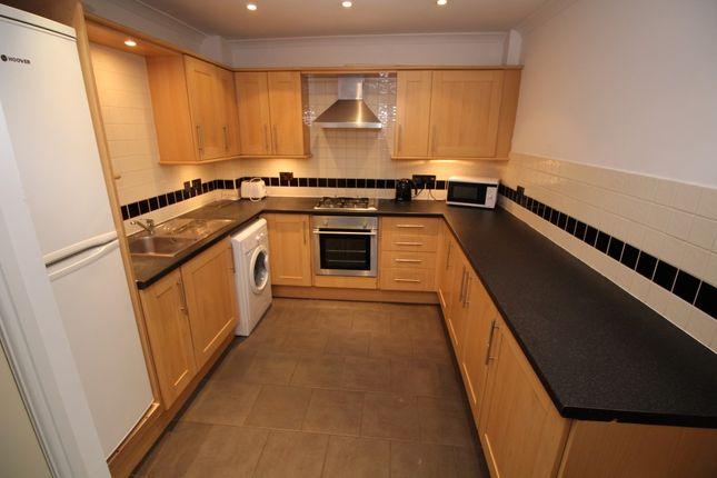 Kitchen of Aigburth Vale, Aigburth L17