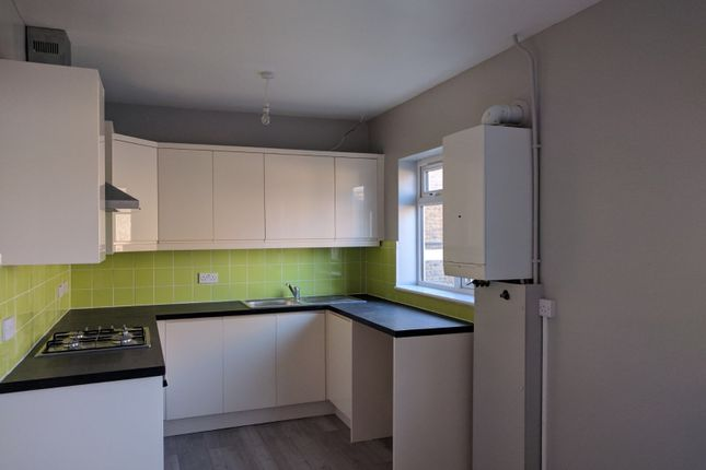 Thumbnail Flat for sale in Caledon Road, East Ham