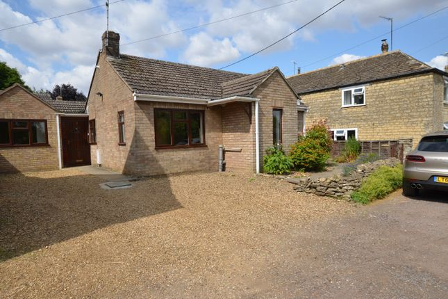 Thumbnail Bungalow to rent in Newtown, Easton On The Hill, Stamford