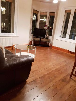 Thumbnail Flat to rent in Warwick House Street, London