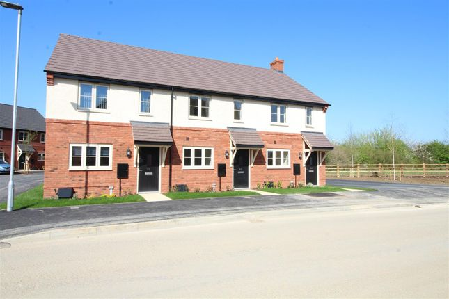 3 bed property for sale in Bluebell Road, Walton Cardiff, Tewkesbury