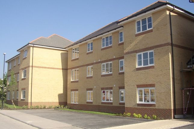 Thumbnail Flat to rent in The Fairways, Farlington, Portsmouth