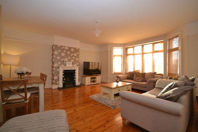 Thumbnail Flat for sale in Woodcote Mews, Wallington