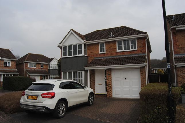 Thumbnail Detached house for sale in Greenwich Close, Swindon