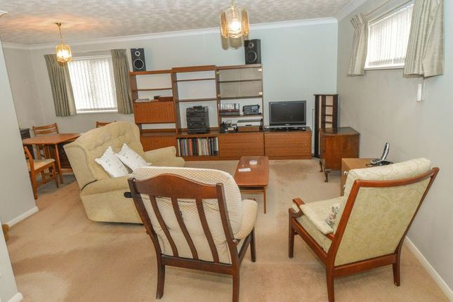 Living Room of Collingwood Court, Royston SG8