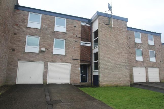 2 bed flat to rent in Coppice Gate, Harrogate HG1