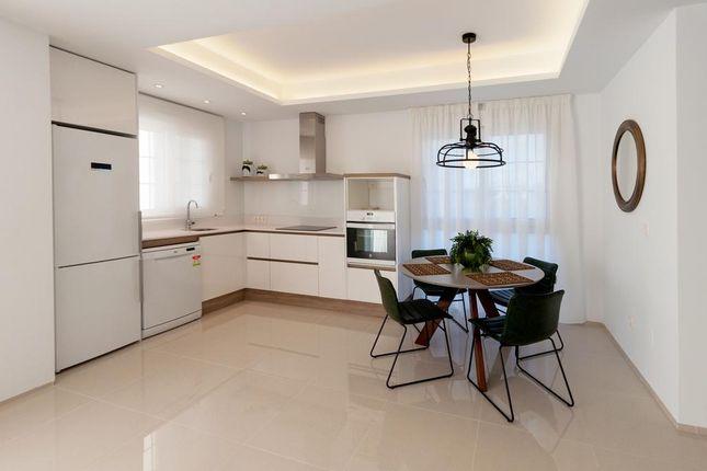 Kitchen of Calle Zamora 03170, Rojales, Alicante
