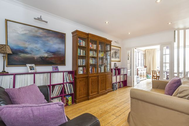 Thumbnail Terraced house to rent in Cold Harbour, London
