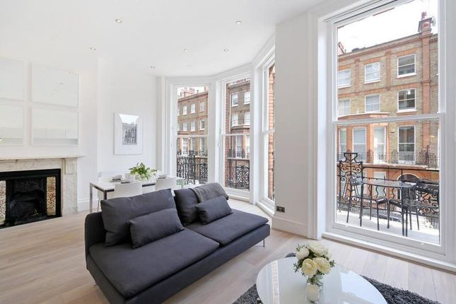 Thumbnail Flat to rent in Nottingham Place, Westminster, London