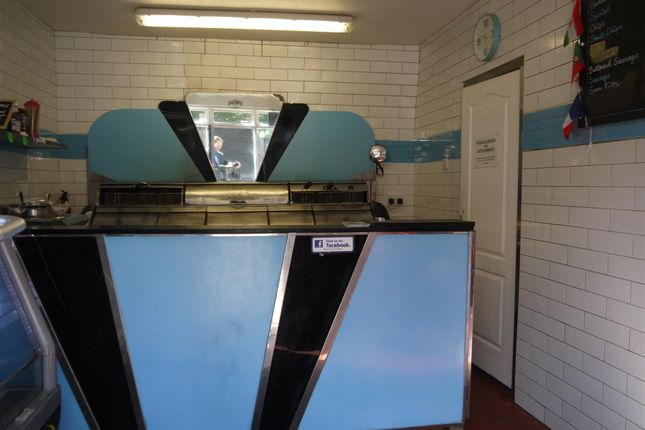Photo 1 of Fish & Chips BD13, Queensbury, West Yorkshire